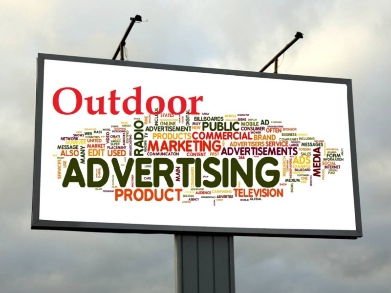 10 amazing outdoor advertisement ideas technians