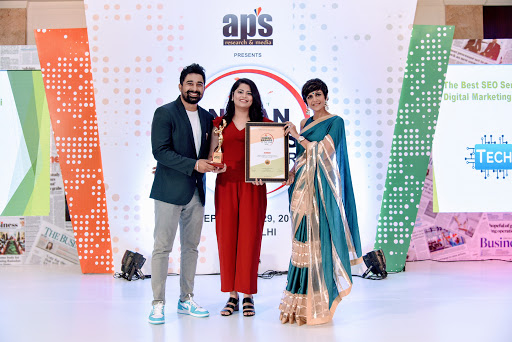 technians-bags-digital-agency-of-the-year-award-2019/